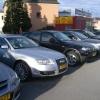 Typischer Gebrauchtwagenhändler